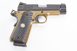 Wilson Combat Ultralight Carry, Professional, 9mm, Black/Burnt Bronze