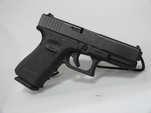 USED GLOCK G23 G4 40 W/CASE 3M