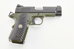 Wilson Combat Tactical Carry, Compact, .45 ACP, Black/Green